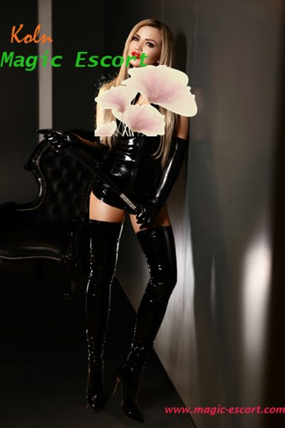 leather and Latex escort koln